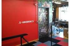 - Image360-Pittsburgh West Wall Murals for Retail